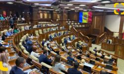 Parlamentul și Curtea Constituțională se întrunesc în ședințe. Urmărește în direct pe RLIVE