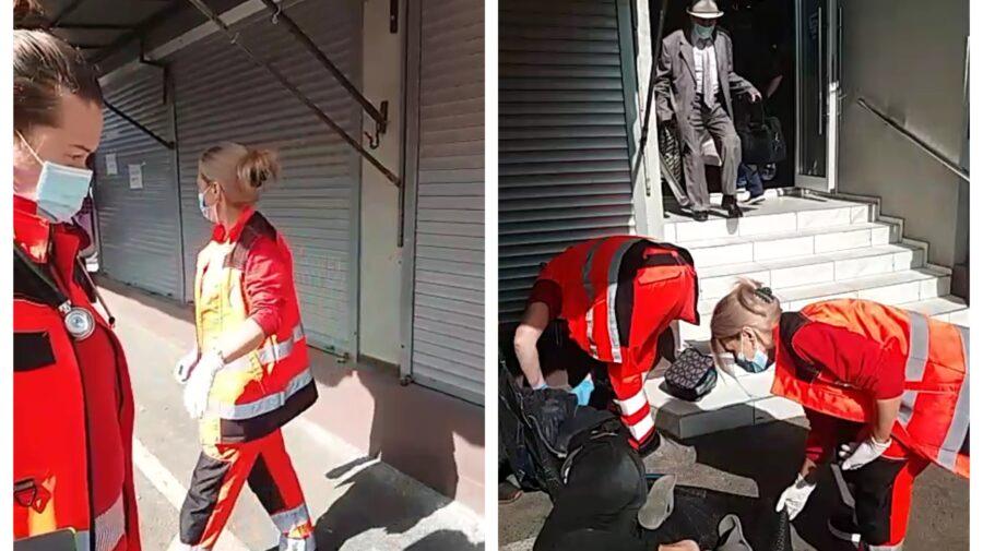 VIDEO Un om al străzii – mărul discordiei dintre un angajat al Pieței Centrale și un echipaj de pe ambulanță