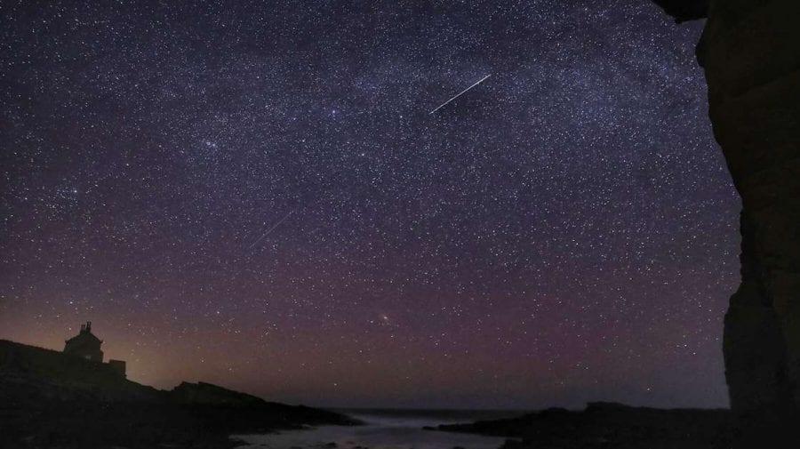 """(VIDEO) Aprilie va fi o lună """"orbitoare"""". O ploaie masivă de meteori va lumina bolta cerească pe timp de noapte"""
