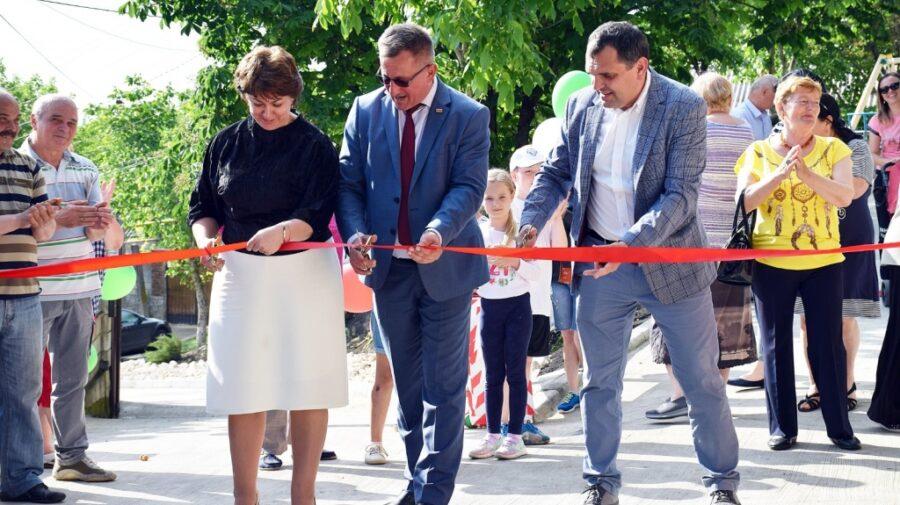 La Orhei, continuă renovarea drumurilor în ritm alert. Încă o stradă a fost inaugurată, după ample lucrări de reparație