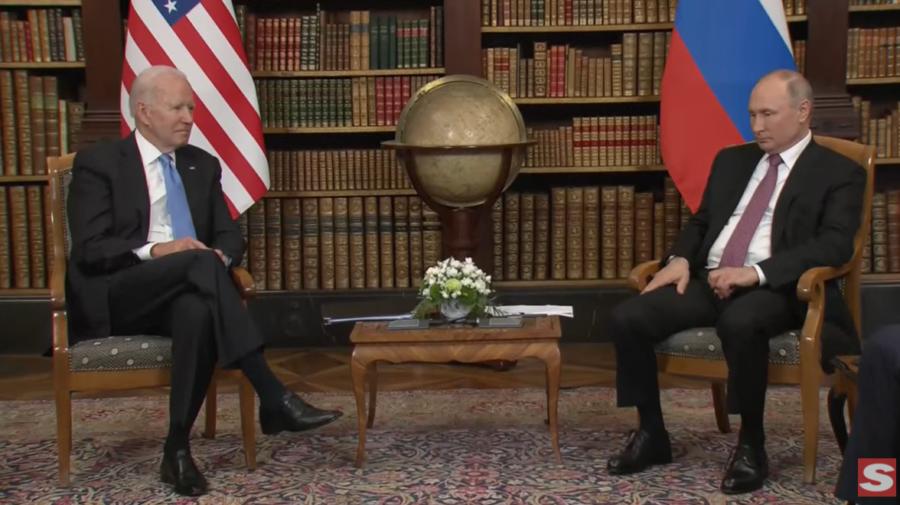 """VIDEO Primele declarații dintre Biden și Putin! Jurnaliștii lăsați pe câteva minute să ia imagini. """"Ieșiți, ieșiți!"""""""