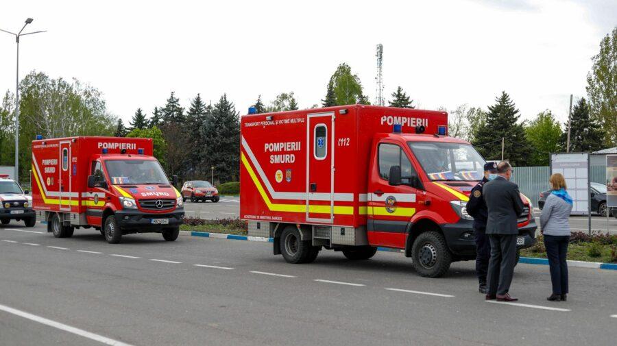 (VIDEO) Lotul de vaccin anti-COVID a ajuns la Chișinău! Dozele au fost aduse de camioanele SMURD