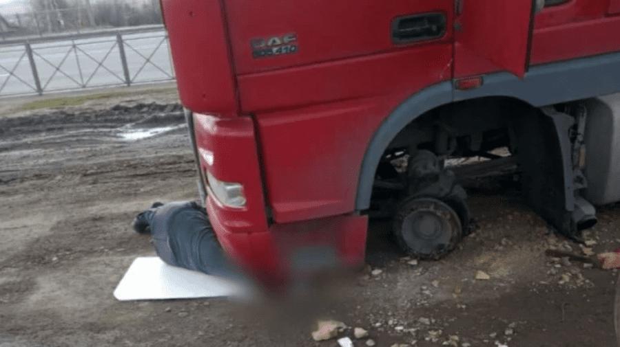Șoferul care a fost strivit de propriul autocamion în Rusia, va fi repatriat în Moldova cu suportul MAEIE