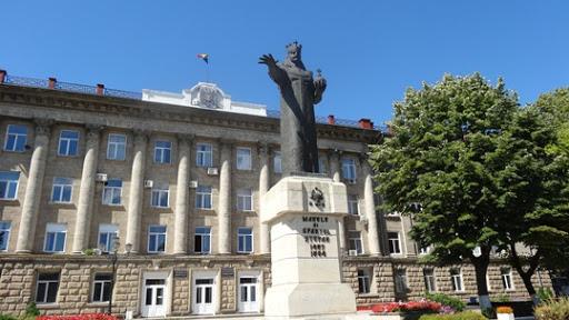 După Chișinău, a venit rândul și celor de la Bălți. Elevii vor reveni în bănci din 20 aprilie
