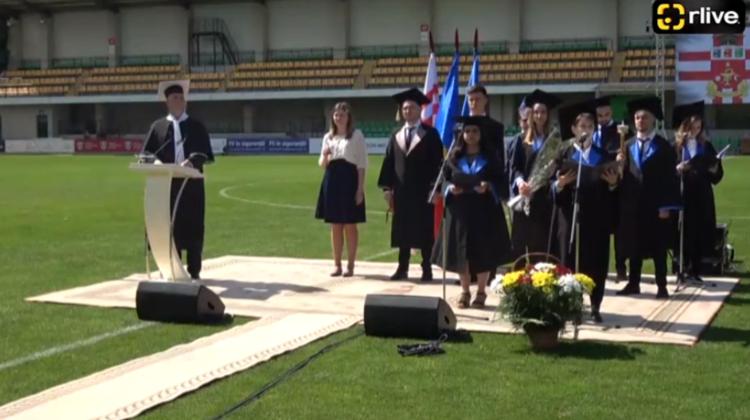 (VIDEO) Absolvenții USMF au depus jurământul! Locația exclusivistă unde a avut loc ceremonia