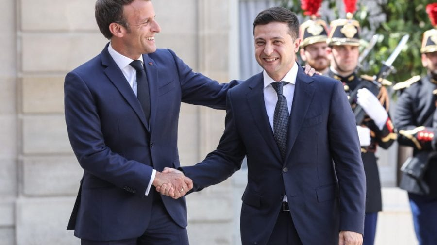 Vladimir Zelenski s-a întâlnit cu Emmanuel Macron! Urmează o discuție cu participarea Angelei Merkel