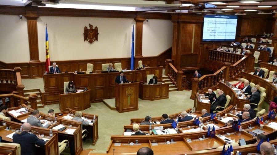 Se cere audierea ANRE și a Consiliului Concurenței în Parlament în urma scumpirii carburanților tot mai frecvent