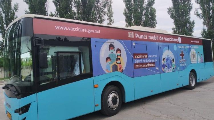 Vaccinare în troleibuz și autobuz. Evenimentul de lansare în DIRECT pe RLIVE TV și RLIVE.MD