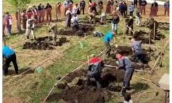"""(VIDEO) Doar ruși pot asta. Au organizat un campionat național la """"săpatul mormintelor în cimitir"""""""