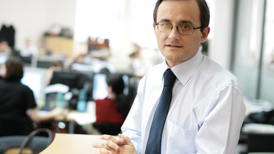 Cristian Hostiuc: Ziariștii de business din RM se confruntă cu probleme pe care le au avut colegii din România în 1990