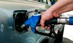 """Criza de pe piața carburanților ar fi una artificială! Opinii: """"Petroliștii au creat un stat în stat"""""""