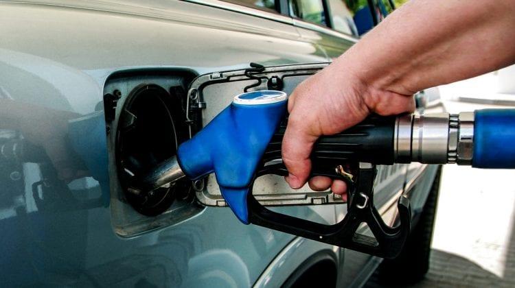 Noi majorări la carburanți. Unele companii petroliere afișează prețuri mai mari la combustibil