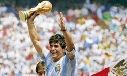 """Raport: Maradona a fost """"abandonat"""" de echipa medicală iar tratamentul """"inadecvat"""" a dus la o agonie lentă"""