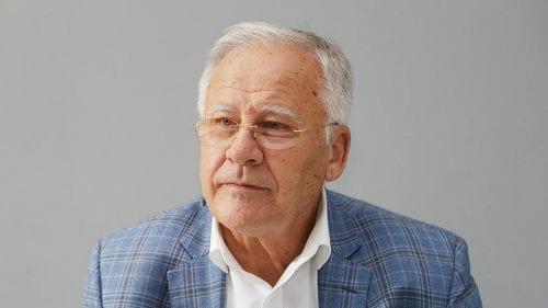Dumitru Diacov nu se mai vede în Parlament. A propus pe cineva în locul său