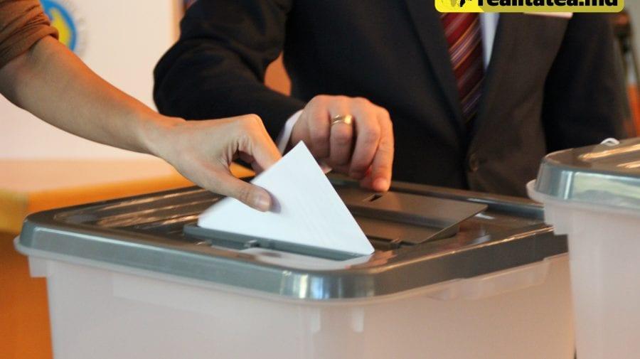 """Să înceapă """"veselia"""": Primele șase partide, înregistrate de CEC ca și candidați la scrutinul electoral"""