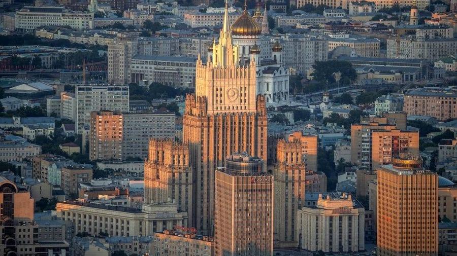 Hoțul strigă prindeți hoțul! Rusia cere occidentului să stea de o parte în contextul scandalului din Belarus