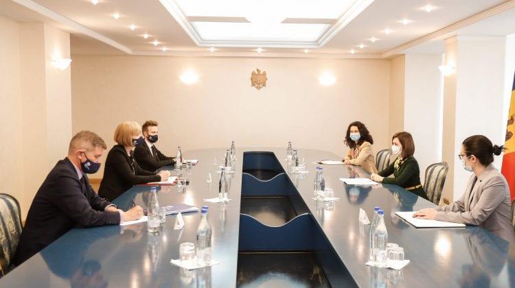 Consilierii care vor lucra asupra reformei justiției anunțate de Maia Sandu vor fi achitați de Guvernul britanic
