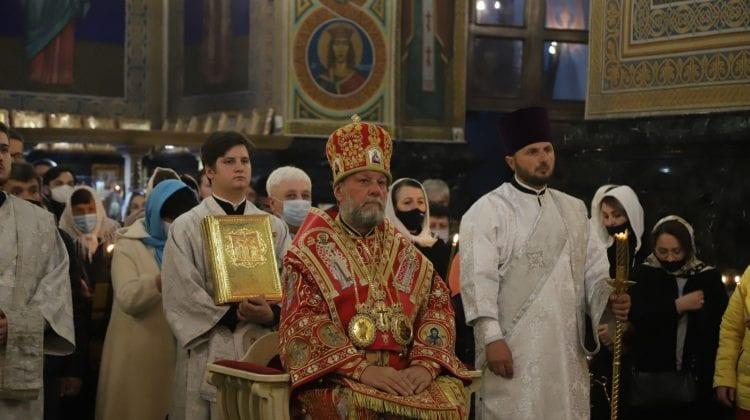 Înaltpreasfințitul Vladimir: Să începem totul în Lumina Învierii lui Hristos