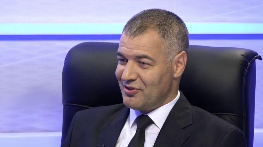 Octavian Țîcu vrea să candideze la prezidențiale în două țări: Why not?