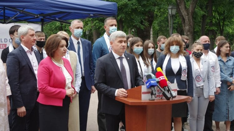 """""""Moldova altfel"""", așa cum o văd cetățenii. PDM a lansat campania de colectare a semnăturilor fără Pavel Filip"""