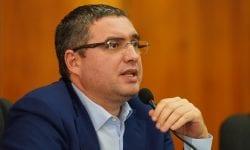 Un candidat anunțat de Usatîi că se va regăsi pe lista electorală a Blocului său, refuză să participe la scrutin