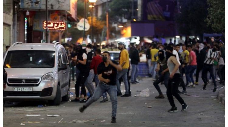 Luptă pe două fronturi. În mai multe orașe din nordul Israelului au izbucnit revolte între populația mixtă