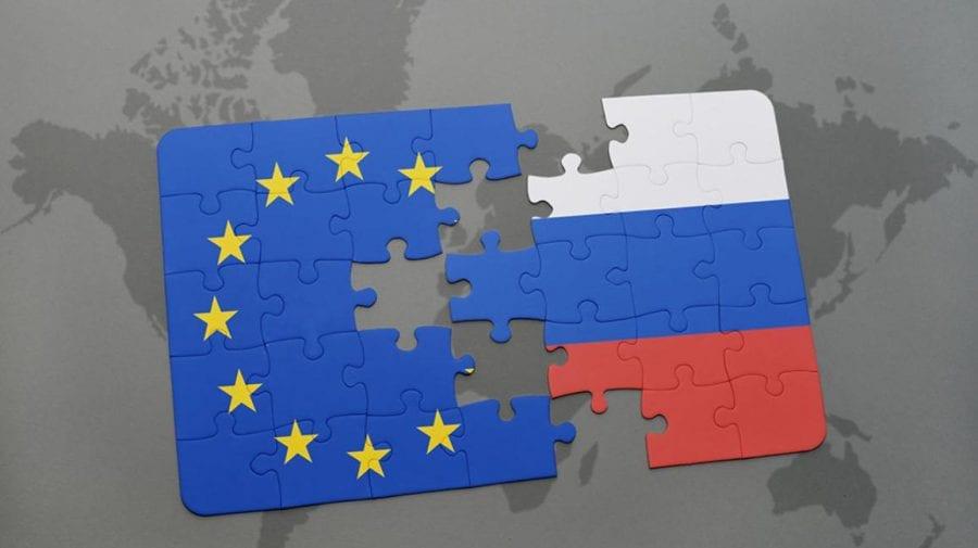 Ambasadorul Rusiei la Bruxelles, convocat pe tema interdicţiilor impuse de Moscova unor oficialităţi europene