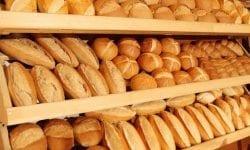 """Ministrul Agriculturii """"nu înțelege de ce s-a scumpit pâinea"""", pentru că făina e mai ieftină față de două luni în urmă"""