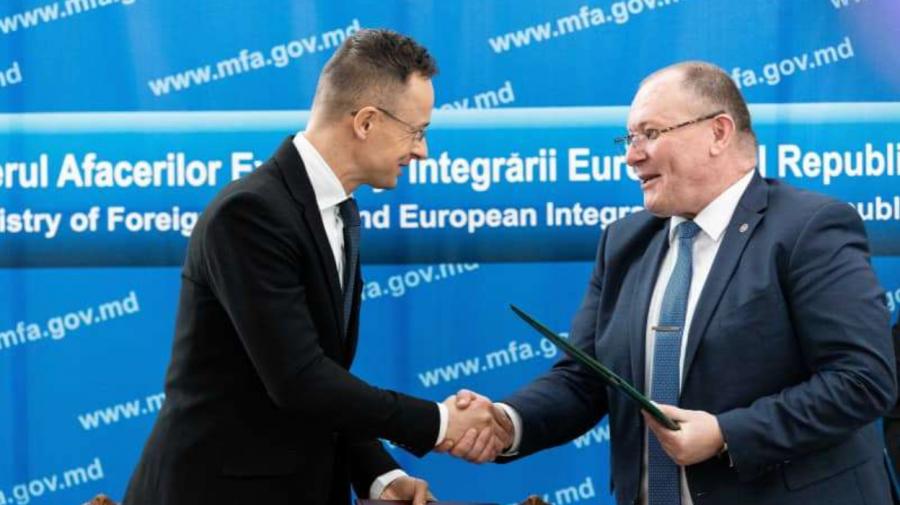 Moldovenii vaccinați cu ambele doze împotriva COVID-19 vor putea călători liber în Ungaria, fără a sta în carantină