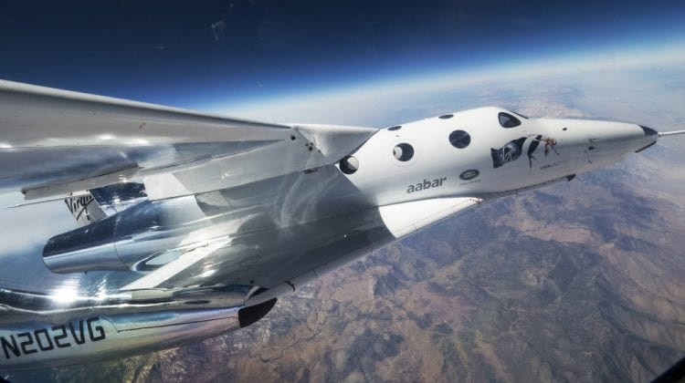 Încă un pas spre turismul în univers! Uite cum avionul spațial se ridică deasupra Pământului (VIDEO)
