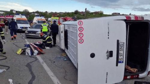 (VIDEO 18+) Accident grav lângă Iași! Printre răniți, victime din Republica Moldova