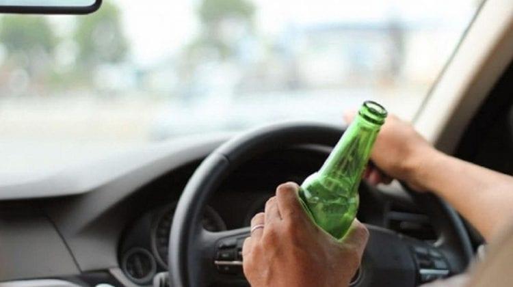 Pericol pe străzile Capitalei! Un șofer, beat criță, se plimba cu mașina prin Chișinău