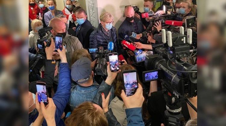 Iubita fostului redactor-șef NEXTA, reținută și ea! Avionul Ryanair a aterizat la Vilnius, fără șase pasageri
