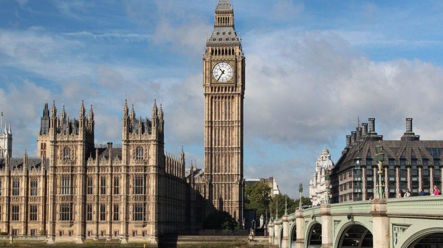 La mulți ani Big Ben, ceasul cu clopot din Londra care împlineşte azi 162 de ani