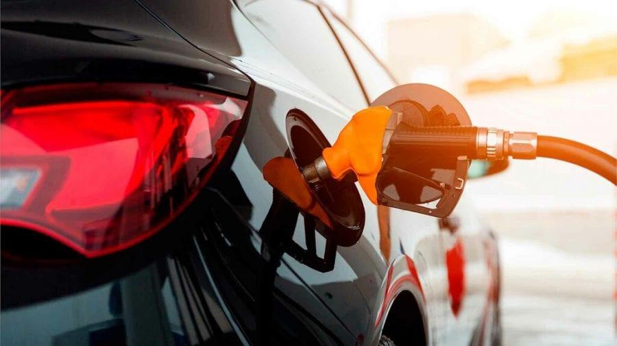 """EXPERT: ANRE ne va arunca """"praf în ochi"""" și iluzia unor prețuri mai mici la produsele petroliere"""