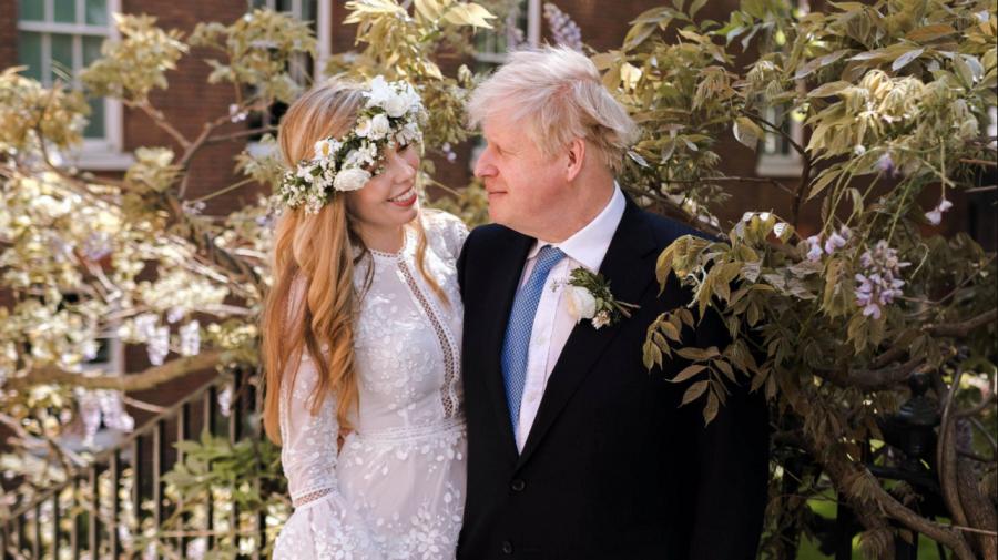 (FOTO) Boris Johnson s-a căsătorit în secret! Cine este soţia premierului britanic