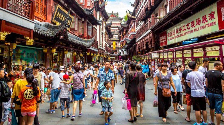Interese financiare – scopul adevărat al autorităților chineze de a le permite familiilor să conceapă până la 3 copii