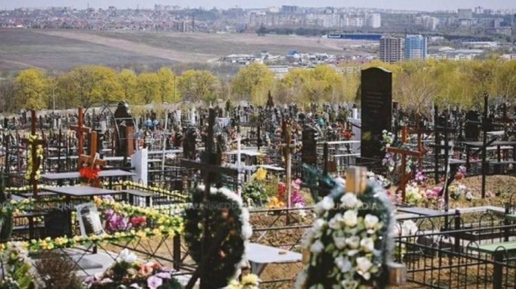 Paștele Blajinilor: semnificația sărbătorii. În satul Chetrosu, răposații vor fi pomeniți mai multe zile