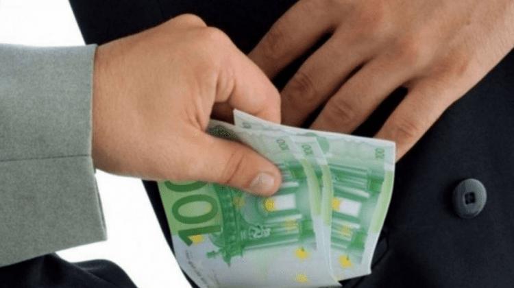 (STUDIU) Corupția este impedimentul principal în realizarea drepturilor omului în Republica Moldova