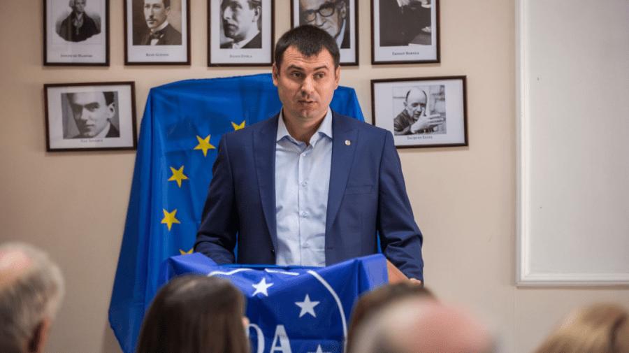 """(VIDEO) Încă un partid a fost înregistrat de CEC în cursa electorală! Este vorba de """"Democrația Acasă"""""""