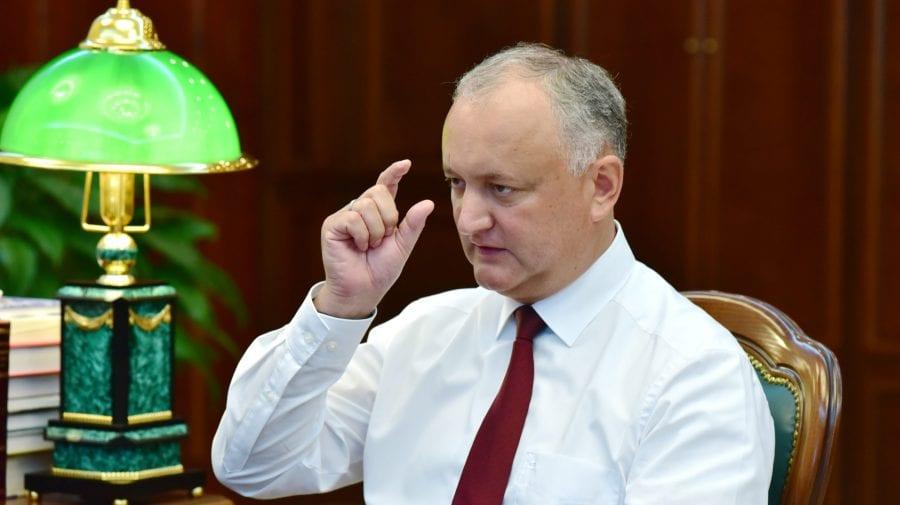 """Dodon îl susține """"oleacă"""" pe Voronin! """"Dreapta înseamnă război și destabilizare"""""""