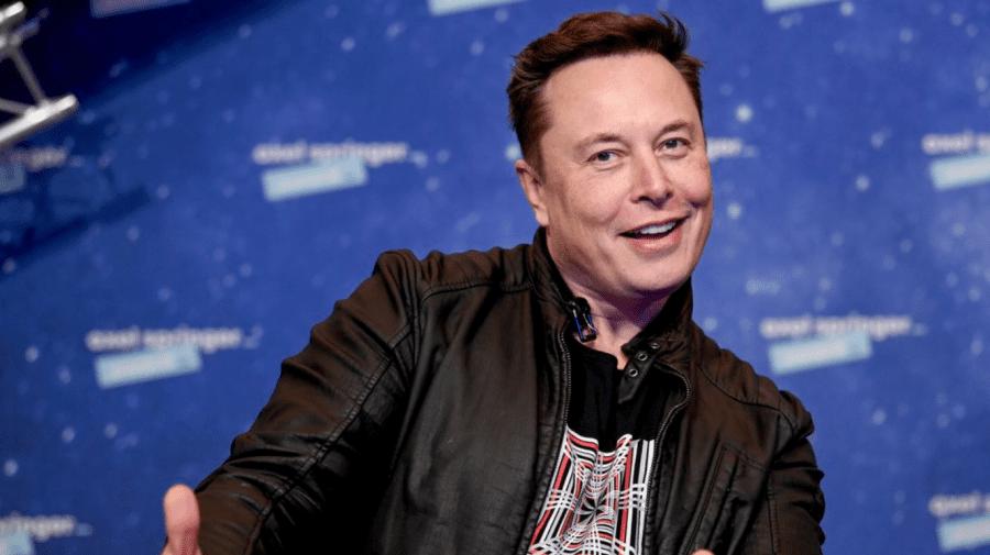 Miliardarul Elon Musk, pasionat de cosmos, a achitat 250.000 de dolari pentru un bilet pe naveta lui Richard Branson