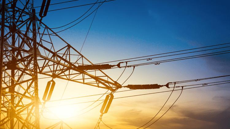 De la 1 aprilie s-ar putea scumpi energia electrică, director ANRE