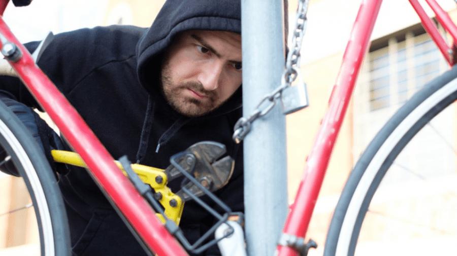 Posesori de biciclete, fiți atenți! Începe sezonul hoților, iar poliția vine cu recomandări