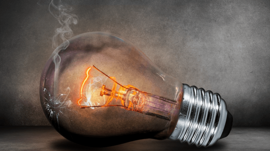 Astăzi vor avea loc lucrări de renovare a rețelelor electrice, pe mai multe adrese din țară