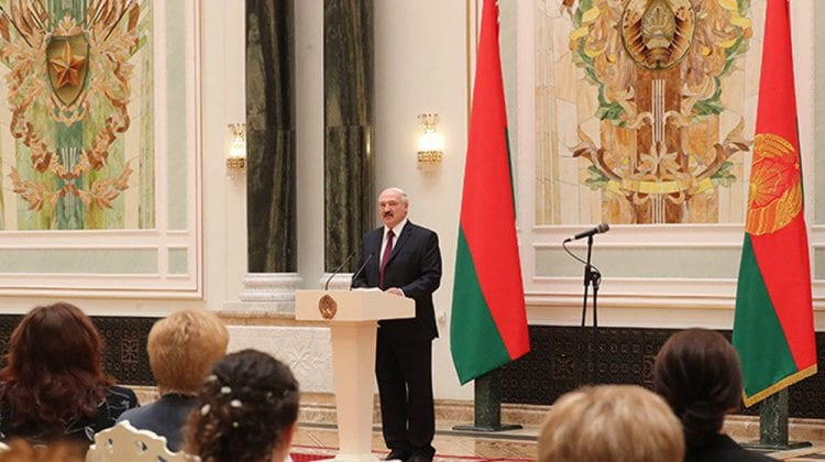 Aleksandr Lukașenko: Susțin organizarea noilor alegeri prezidențiale, dar numai împreună cu cele americane