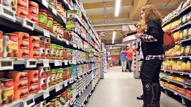 Produse alimentare expirate sau fără certificate de calitate. Ce alte nereguli au depistat inspectorii ANSA
