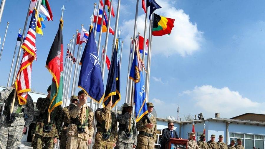 Aliații NATO cer Statelor Unite să își amâne retragerea trupelor din Afganistan. Vezi de ce