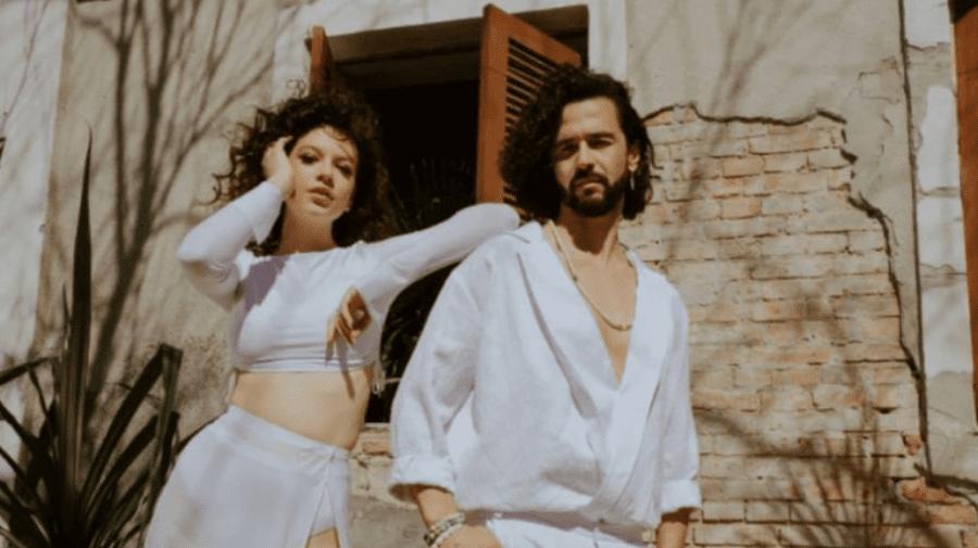 Premieră și nu prea! Pasha Parfeni și Cleopatra Stratan au făcut un REMAKE la o piesă a Sofiei Rotaru