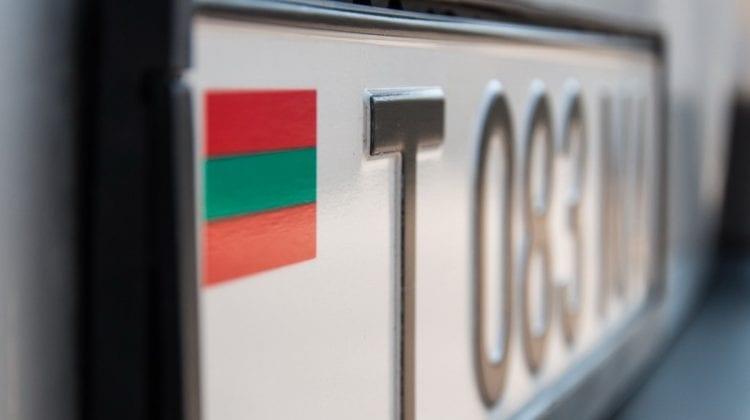 Numărul plăcuțelor neutre de înmatriculare pentru șoferii din stânga Nistrului, în creștere